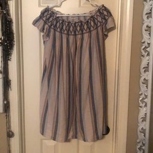 Juniors off the shoulder dress